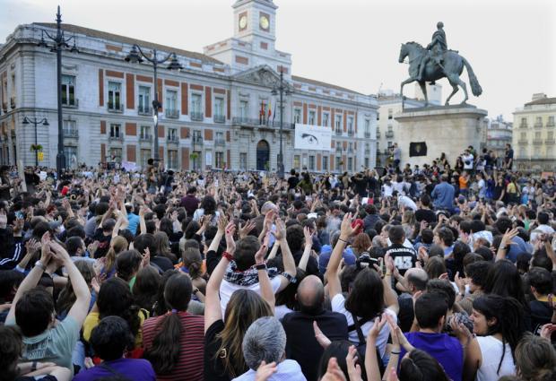 Democracia Real Ya_Puerta del Sol.jpg